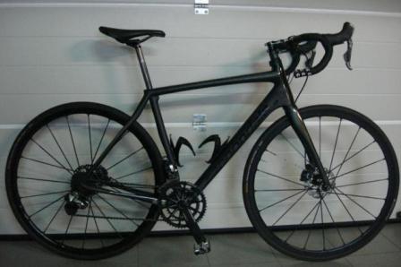 Vélo de course d'endurance Cannondale