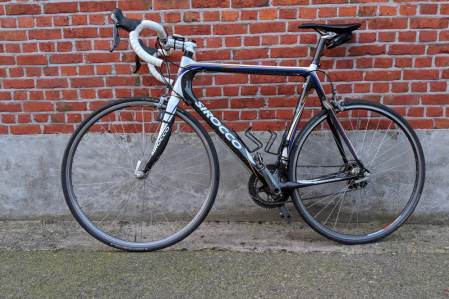 Sirocco full carbon racefiets