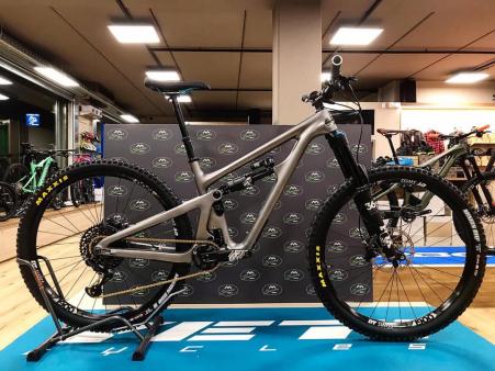 Yeti SB150 C1 GX Eagle Silver Edition
