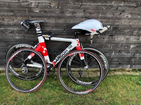 Tijdritfiets / triatlonfiets Argon 18 E112 / Zipp4