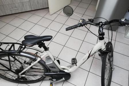 Vélo de ville assistance électrique BH