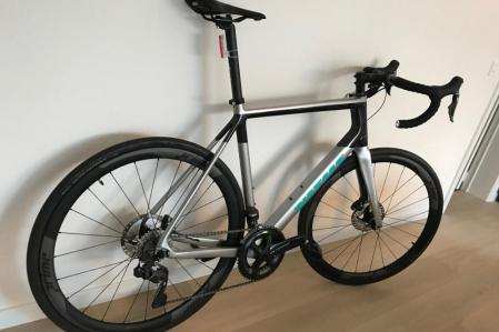 Ultegra Di2 Vitus Venon Carbon Road bike