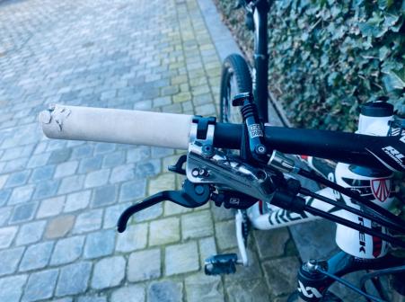 Trek elite series 9.9 full carbon 2012