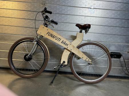 Funafuti Bike Hout 2021