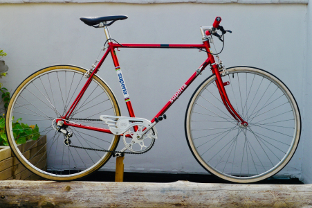 SUPERIA - Vintage race bike