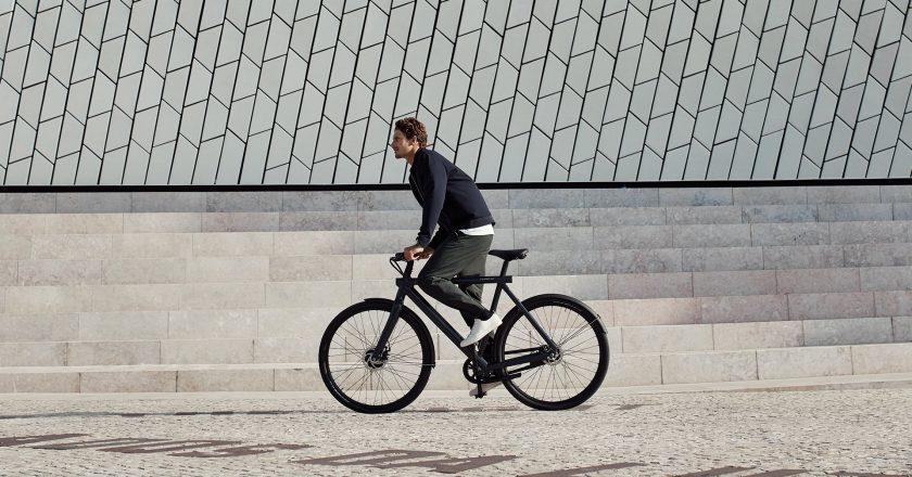 VanMoof Electrified S2 & X2 smart e-bikes